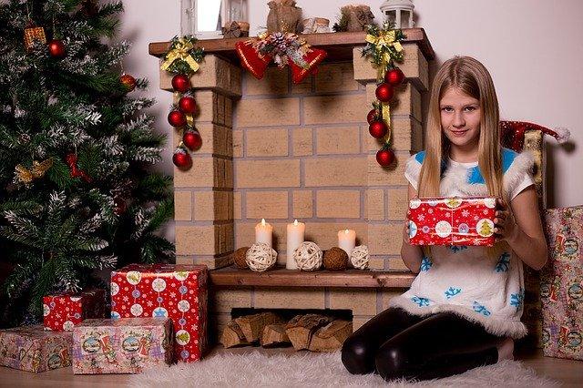 Что дарить детям на день святого Николая